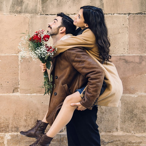 Читать 6 самых сильных заговоров на любовь женщины к мужчине